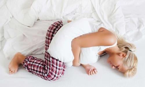 Цистит или воспаление мочевого пузыря, симптомы которого в большинстве случаев имеют ярко выраженный характер, является одной из самых распространенных патологий мочеполовой системы у женщин